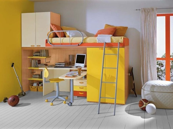 kids-room-mildew-hip~2894724